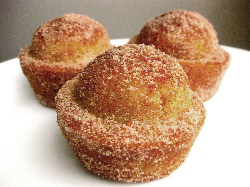Coffee-Cake-Muffins-Crusted-with-Cinnamon-Sugar