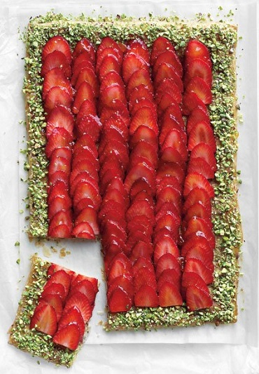 Strawberry-Pistachio-Tart