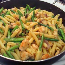 Penne-with-Chicken-and-Asparagus