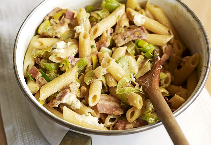 Cheesy-leek-bacon-pasta