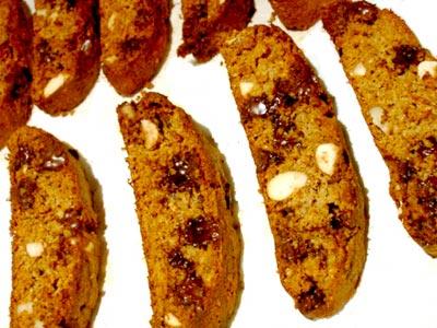 Chocolate-Almond-Bran-Biscotti