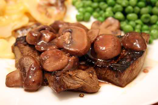 Tasty-Steak-With-Mushroom-Sauce-Recipe