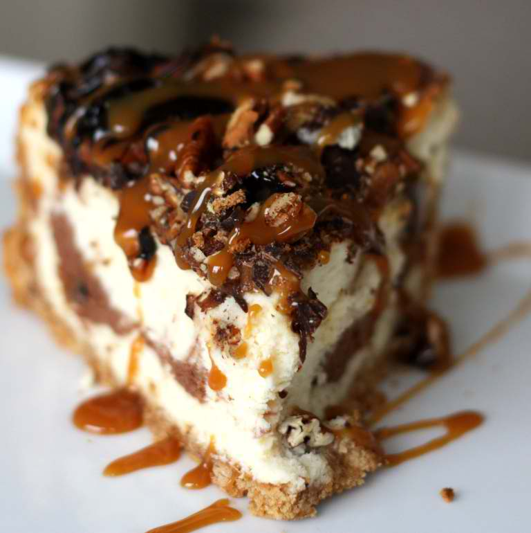 Ultimate-Turtle-Cheesecake-Recipe
