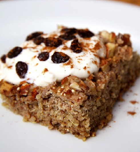 Apple-Cinnamon-Quinoa-Breakfast-Bake