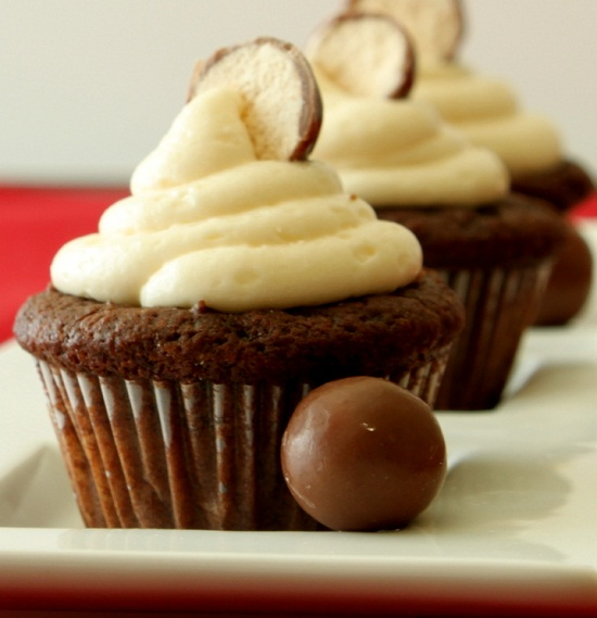 Chocolate-Malt-Cupcakes