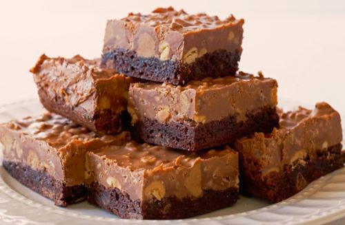Crispy-Peanut-Butter-Cup-Brownies